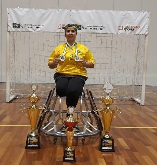 Colaboradora Castrolanda conquista Parapanamericano de cadeira de rodas