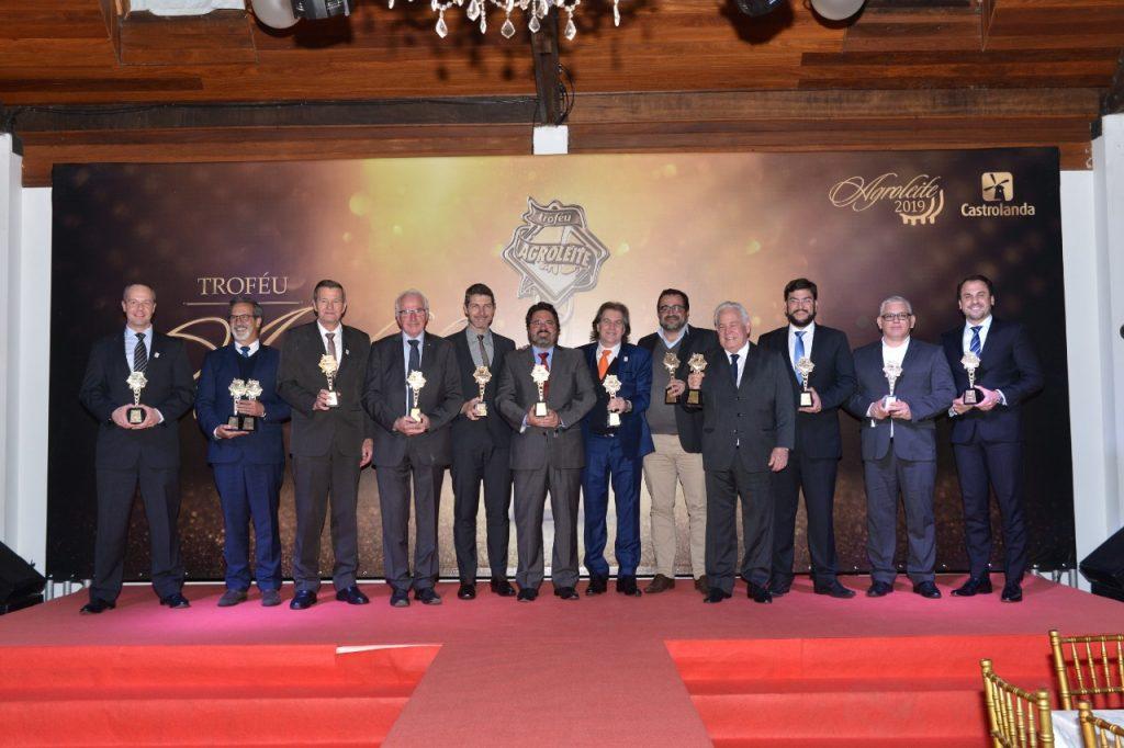 E o Troféu vai para… Vibração dos vencedores marca noite do Troféu Agroleite