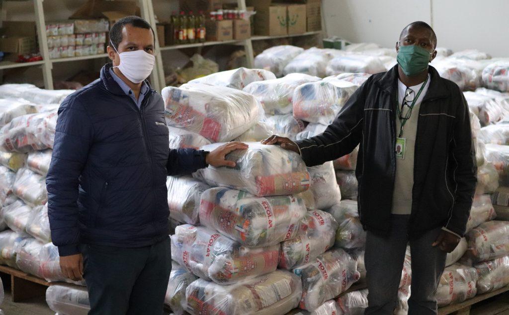 Castrolanda arrecada 30 toneladas de alimentos para famílias em vulnerabilidade social