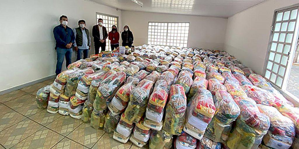 Castrolanda doa 300 cestas básicas à Assistência Social de Itararé
