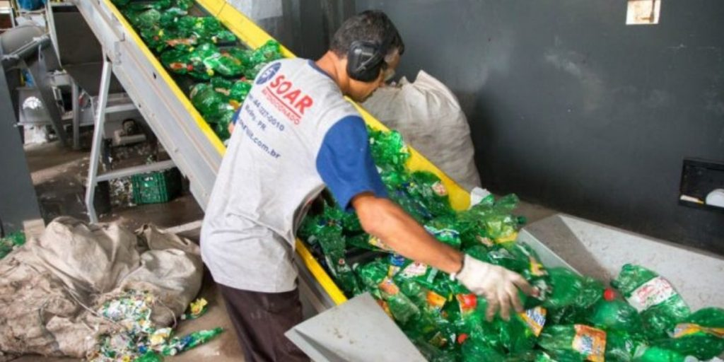 Indústrias aderem projeto que auxilia meio ambiente e catadores